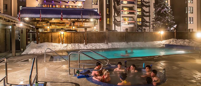 Canada_Whistler_Tantalus-Resort-Lodge_outdoor-heated-pool-hot-tub.jpg